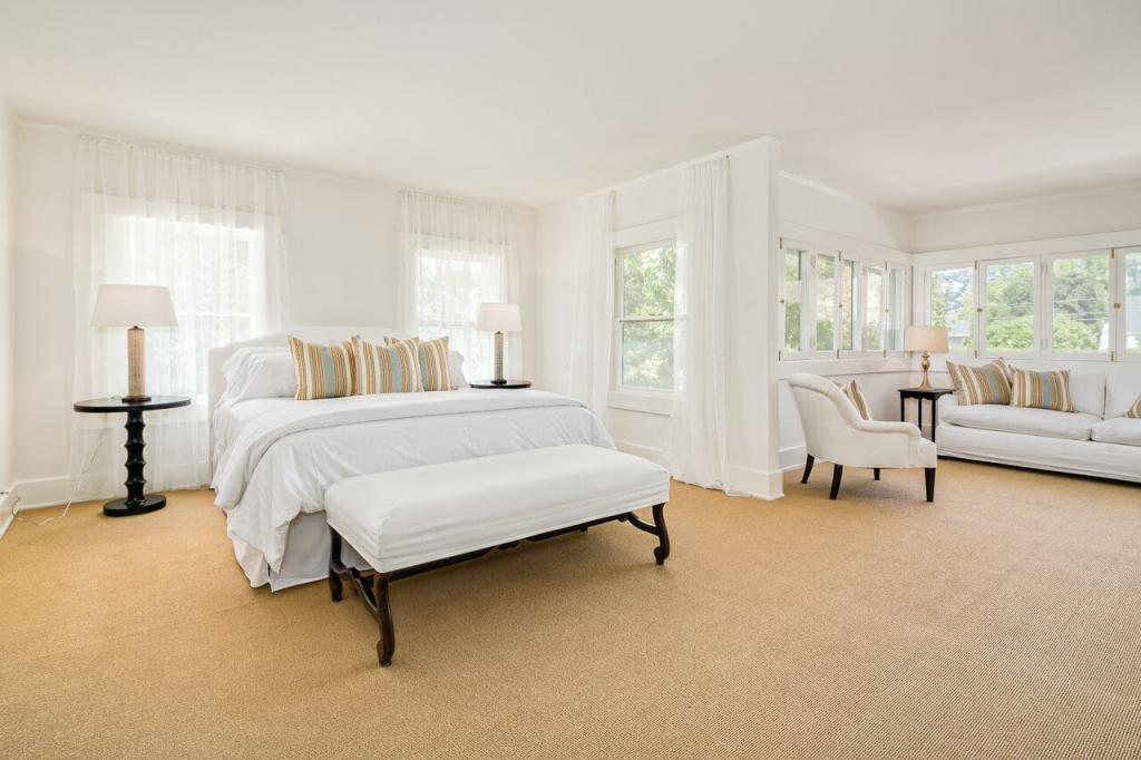 875 S Madison Ave, Pasadena CA Master Bedroom
