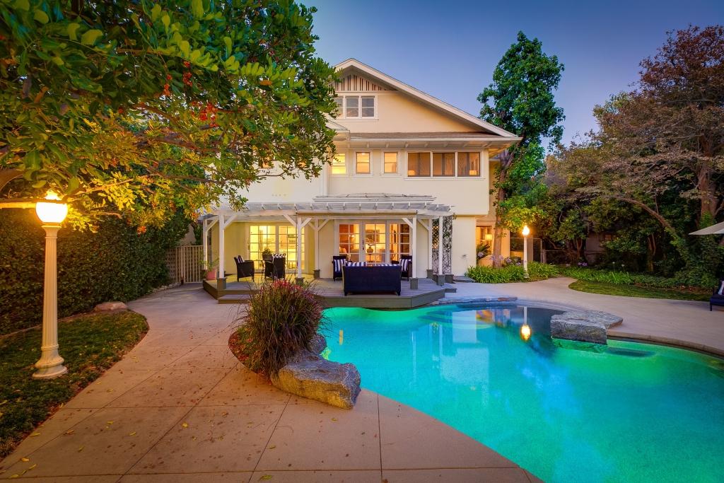875 S Madison Ave Pasadena CA Twilight of pool
