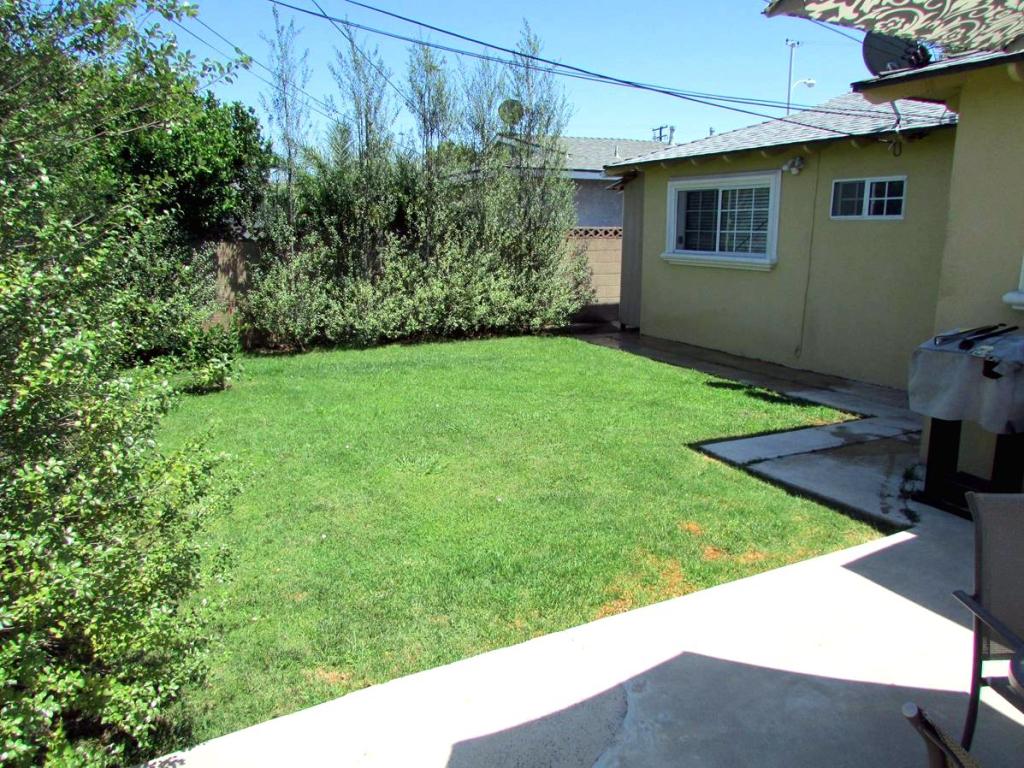 915 Melissa Street, Torrance CA - Backyard 2