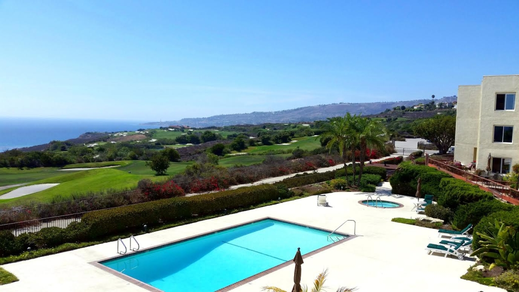 3200 La Rotonda View of pool, golf course and ocean